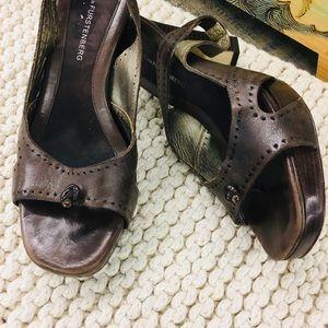 Diane von Furstenberg Leather slingback heels 8.5